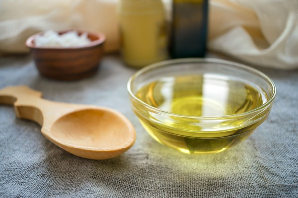 MCT Oil: The Trending Fat Burning Solutions